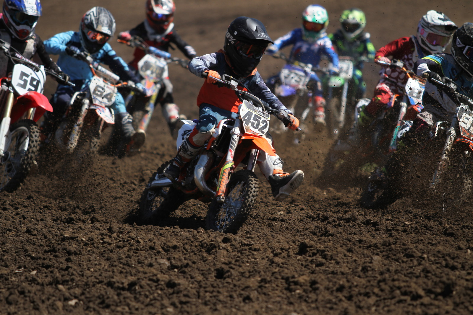 Holeshot - midwest_moto_media - Motocross Pictures - Vital MX