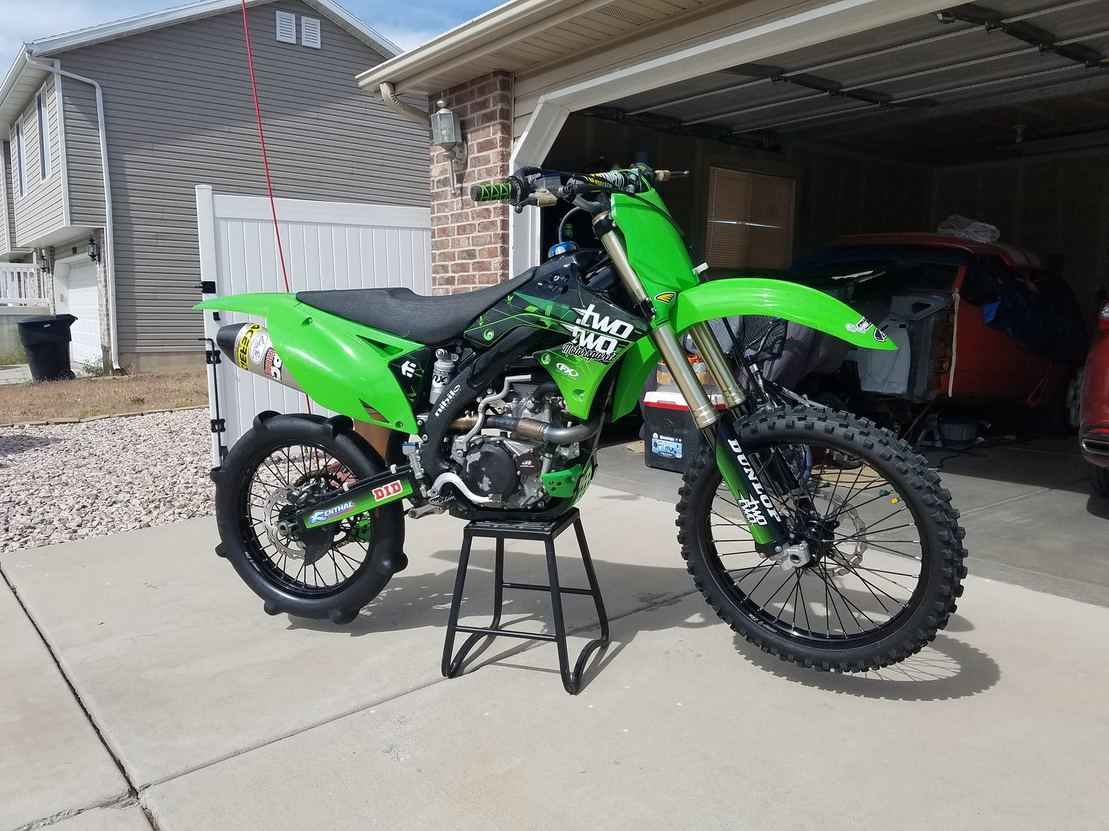 2011 KX450F black frame before and afters