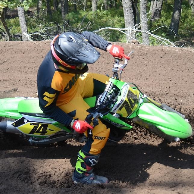21462720 1627197070633756 6551721735878235735 n - Cygrace74 - Motocross Pictures - Vital MX