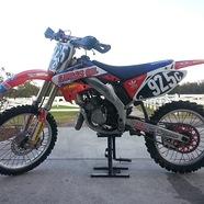 2006 CR125