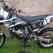 '06 YZ125