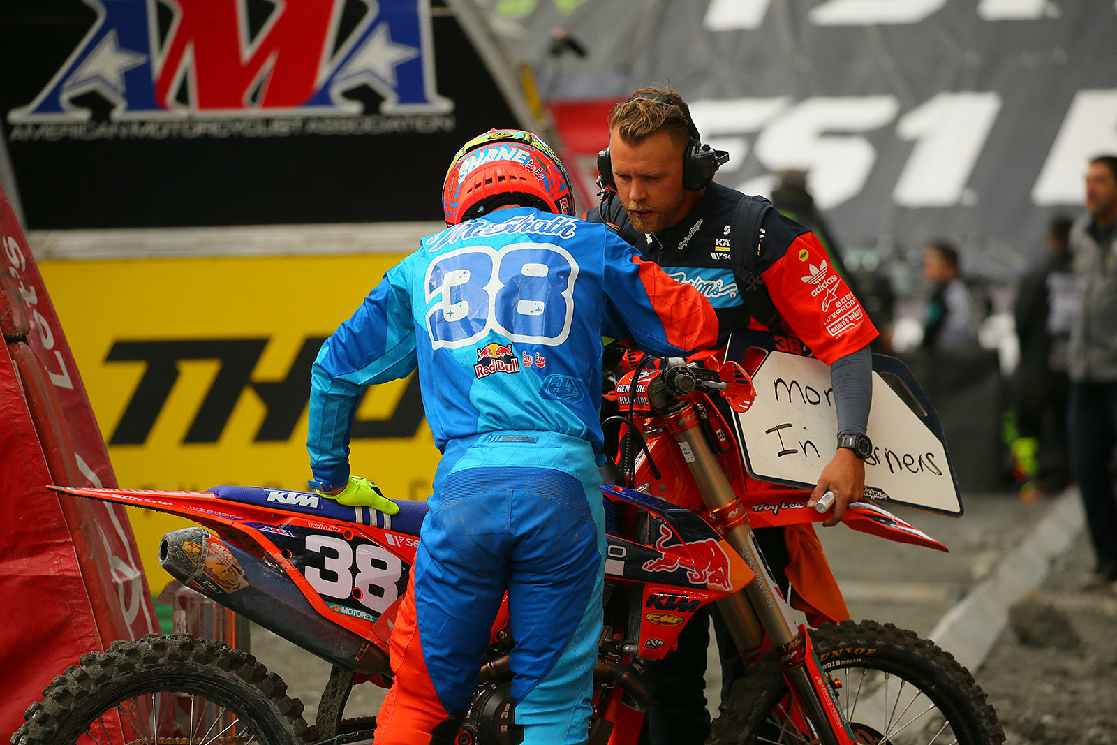Shane McElrath - Vital MX Pit Bits: Seattle - Motocross Pictures - Vital MX