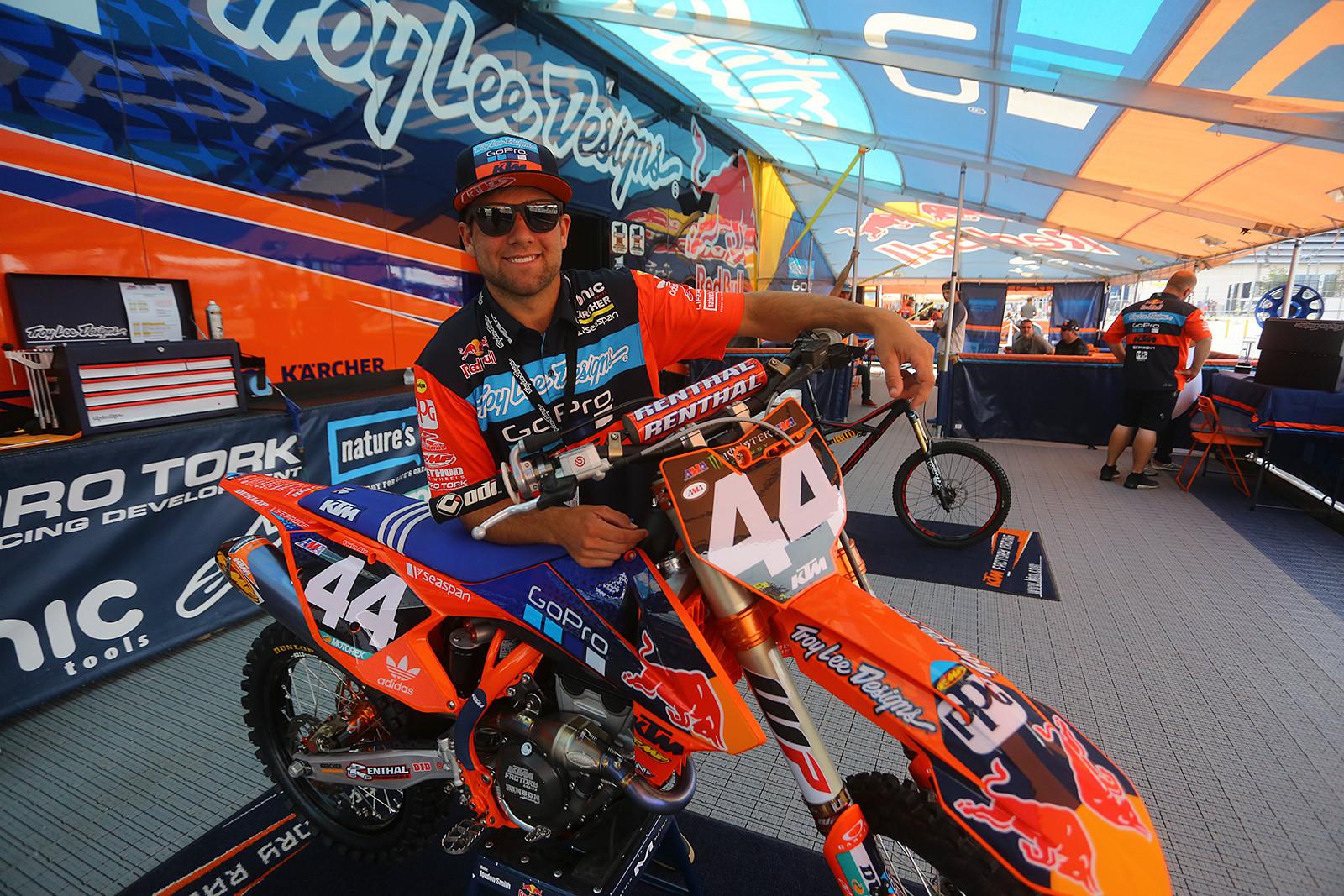 Jordon Smith - Vital MX Pit Bits: East Rutherford - Motocross Pictures - Vital MX