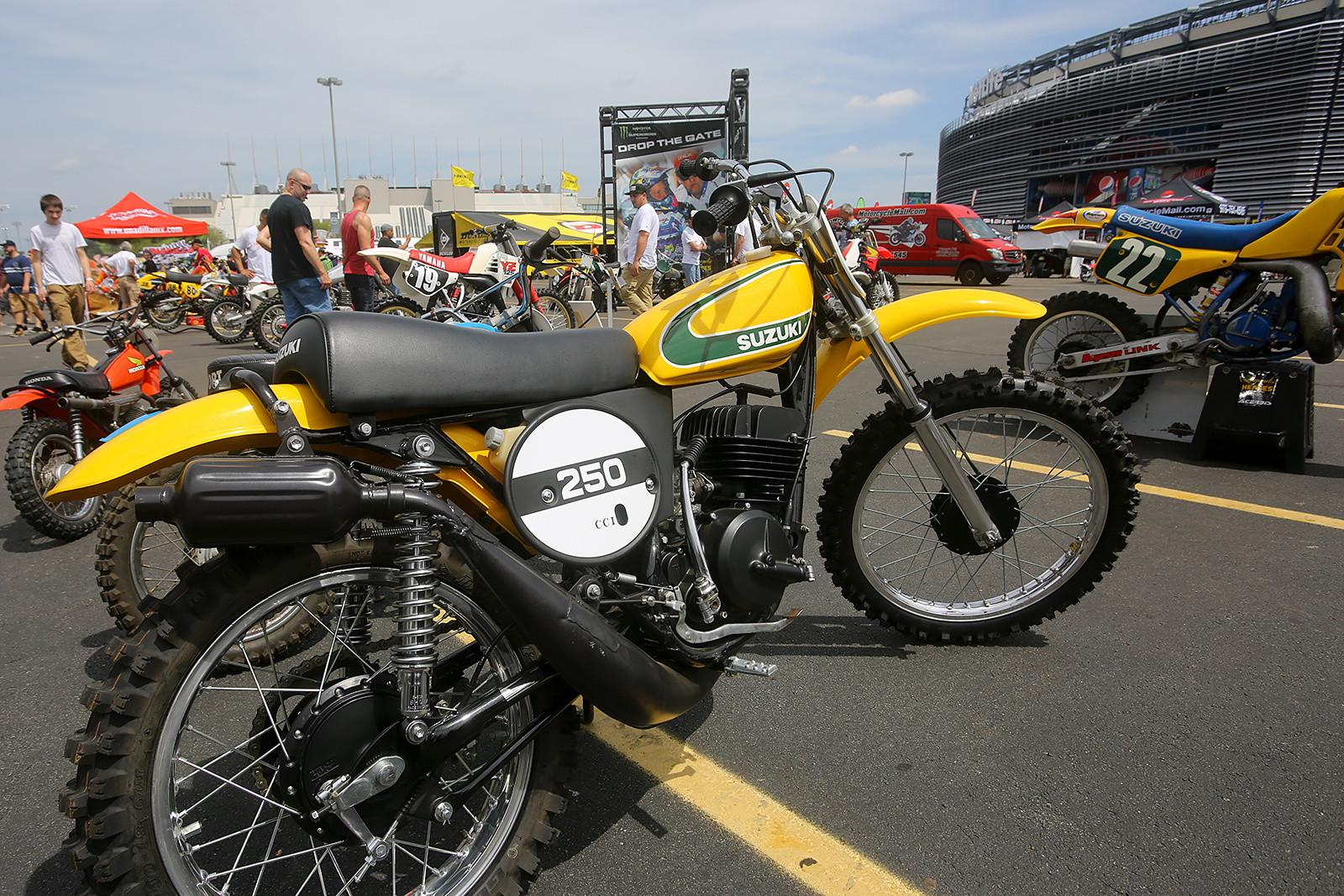 Vintage - Vital MX Pit Bits: East Rutherford - Motocross Pictures - Vital MX