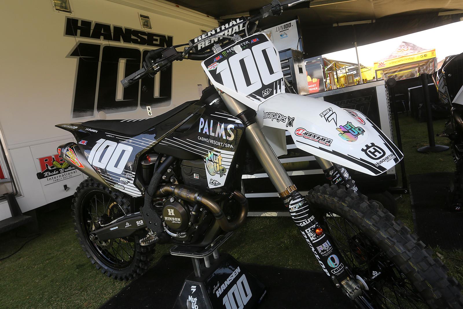 Josh Hansen - Vital MX Pit Bits: Las Vegas - Motocross Pictures - Vital MX