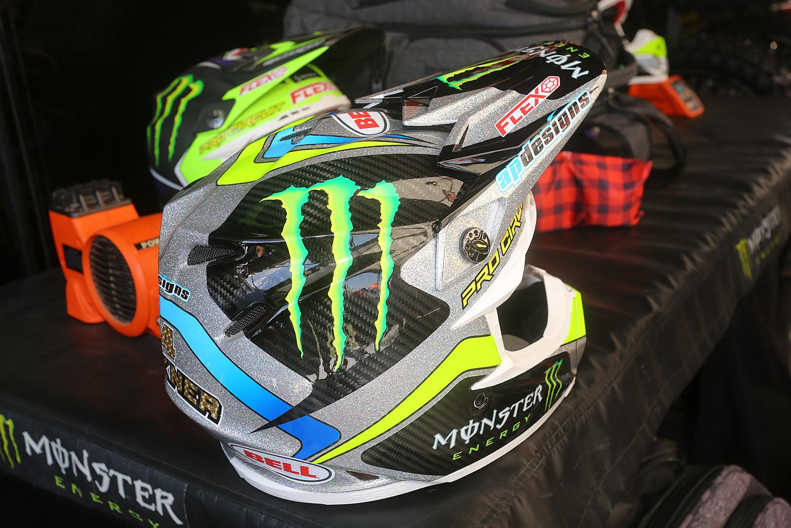 Monster Energy Pro Circuit Kawasaki - Vital MX Pit Bits: Las Vegas - Motocross Pictures - Vital MX
