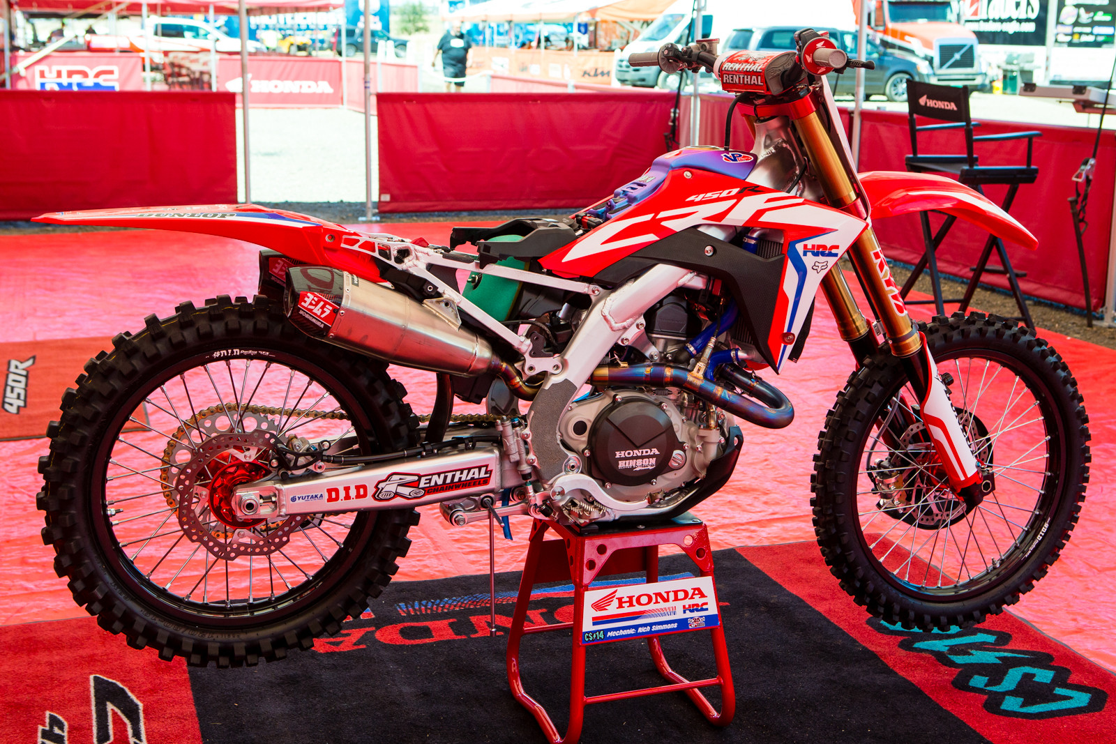 For the pit watchers... - Vital MX Pit Bits: Hangtown - Motocross Pictures - Vital MX
