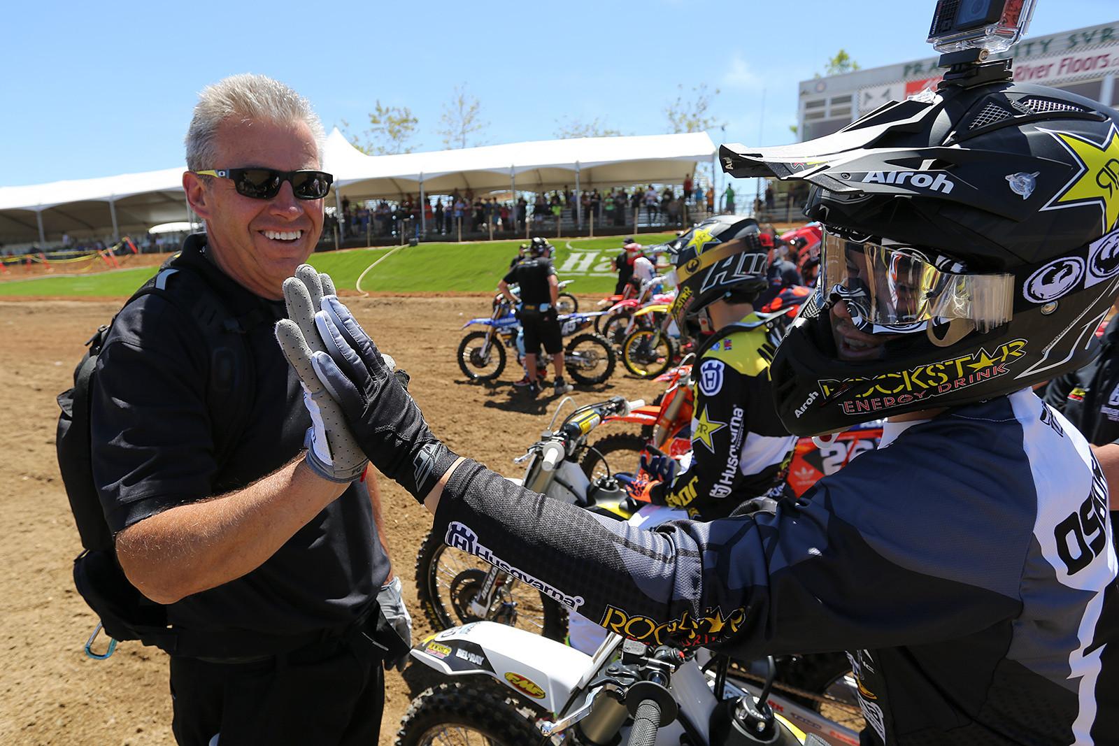 Zach Osborne (2 of 3) - Vital MX Pit Bits: Hangtown - Motocross Pictures - Vital MX