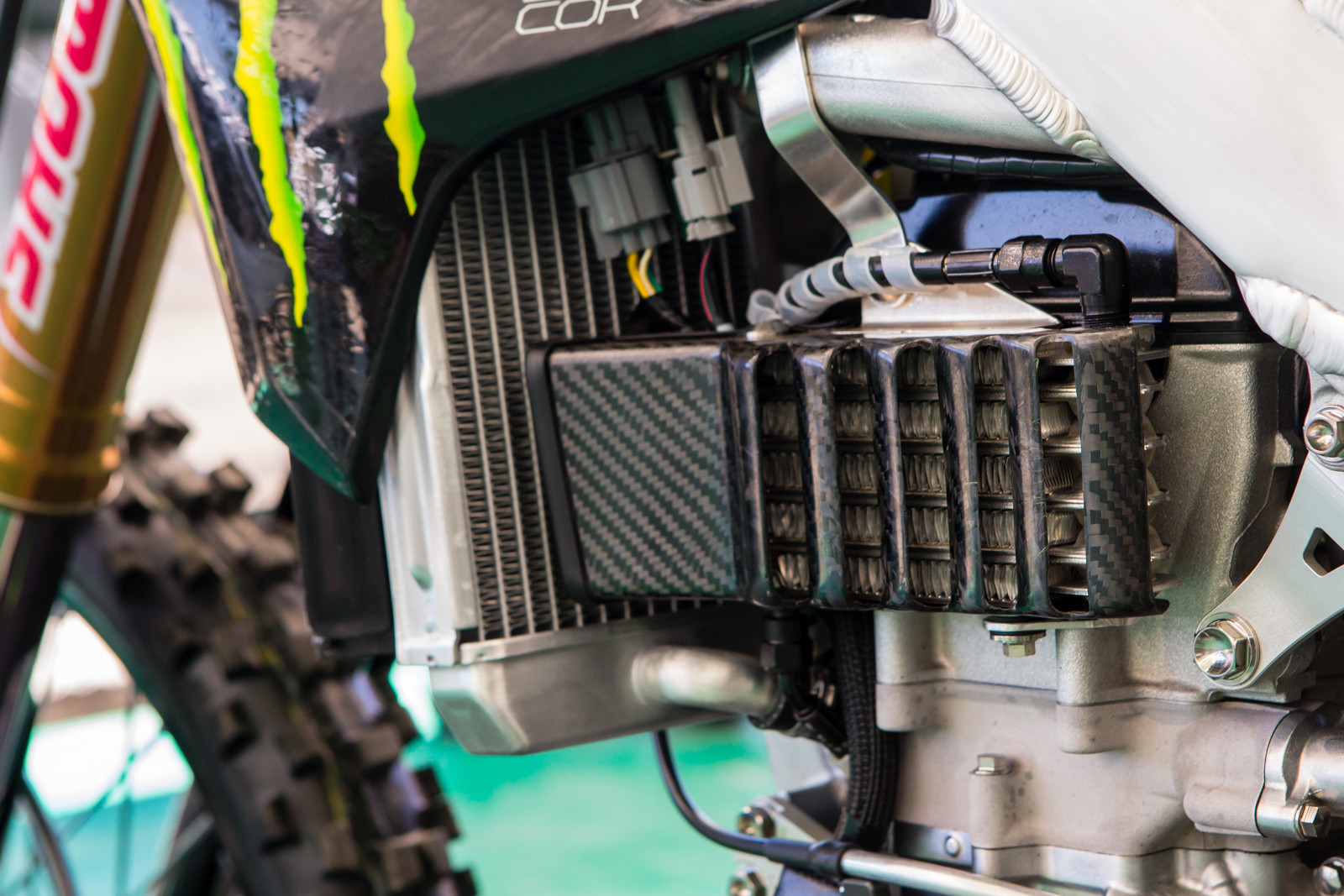 Monster Energy Kawasaki - Vital MX Pit Bits: Hangtown - Motocross Pictures - Vital MX