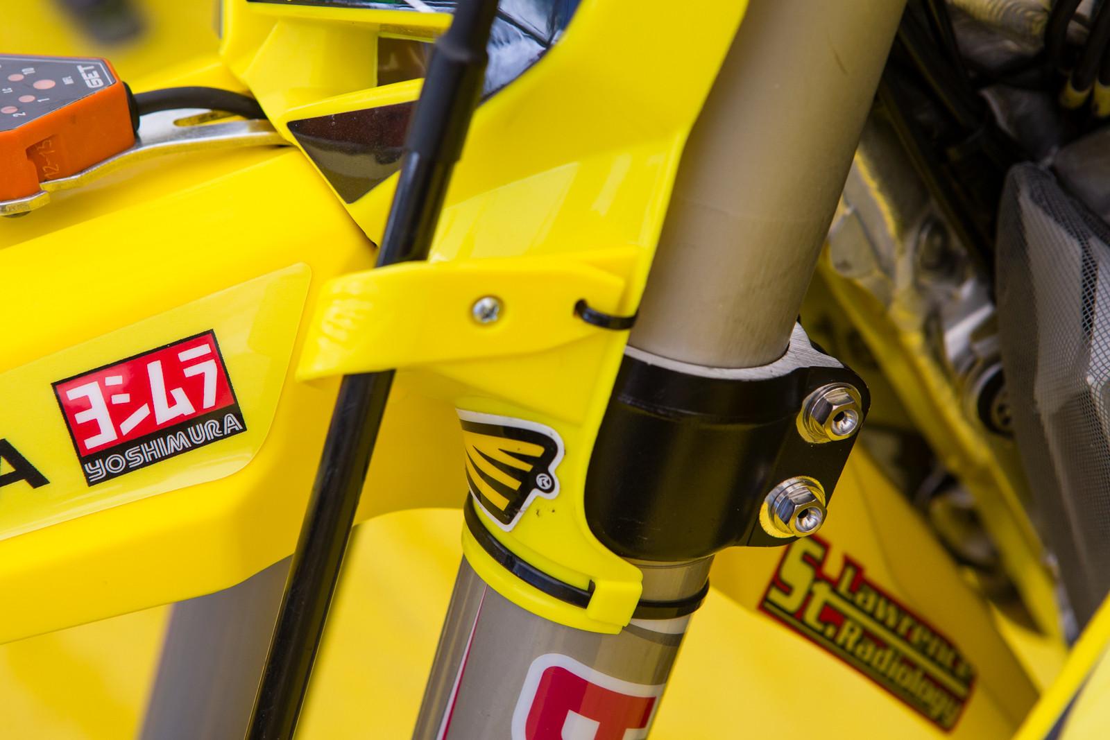 AutoTrader.com/Suzuki/JGRMX - Vital MX Pit Bits: Hangtown - Motocross Pictures - Vital MX