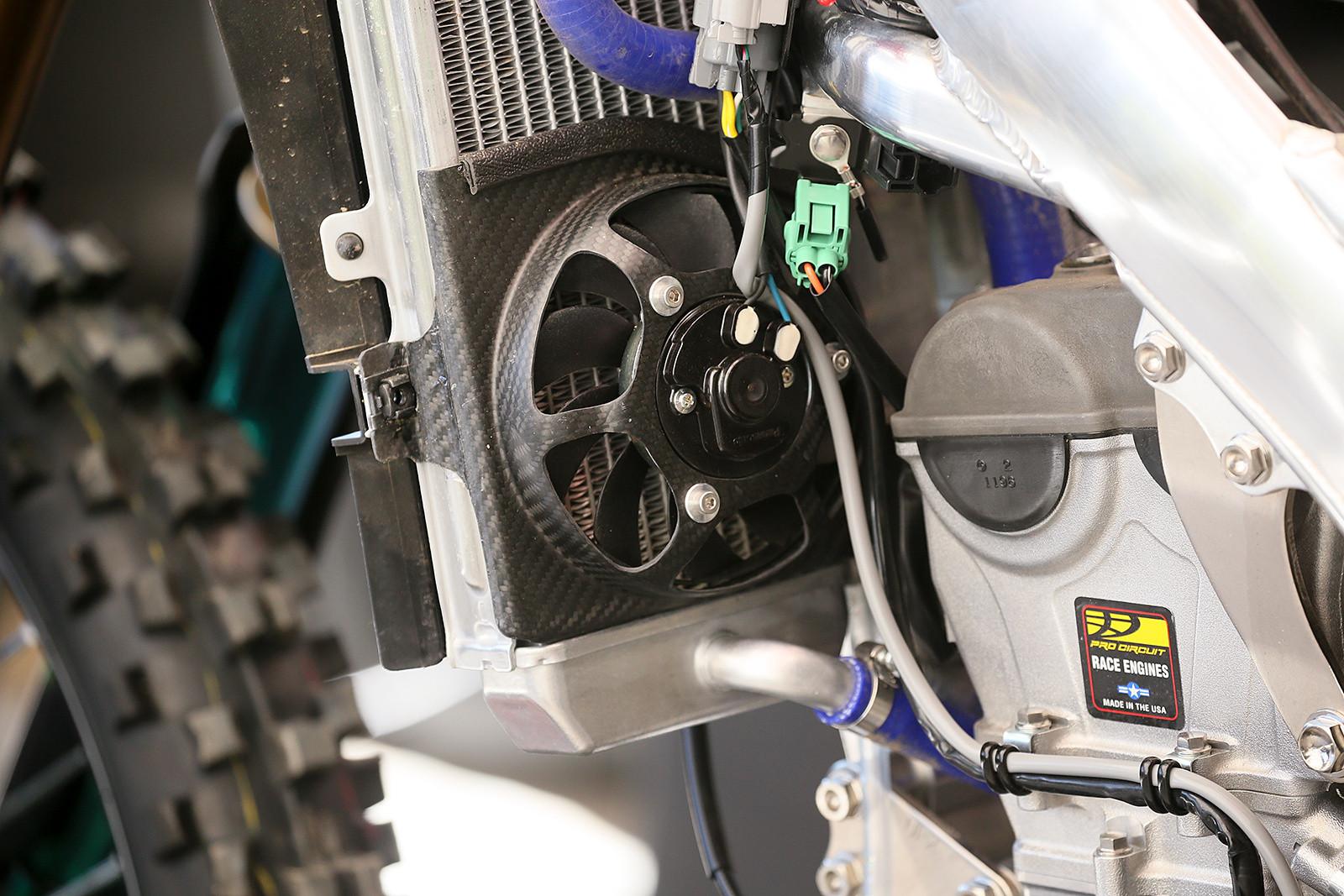 Fans - Vital MX Pit Bits: Hangtown - Motocross Pictures - Vital MX