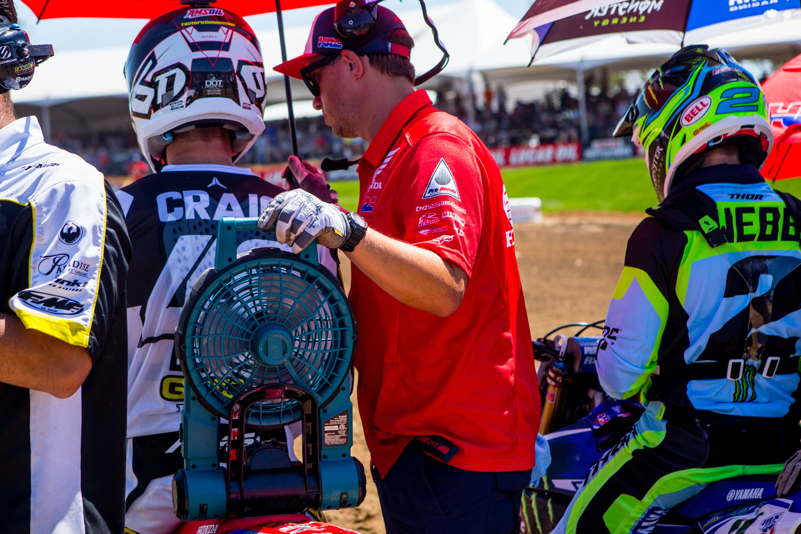 Who's your biggest fan? - Vital MX Pit Bits: Hangtown - Motocross Pictures - Vital MX