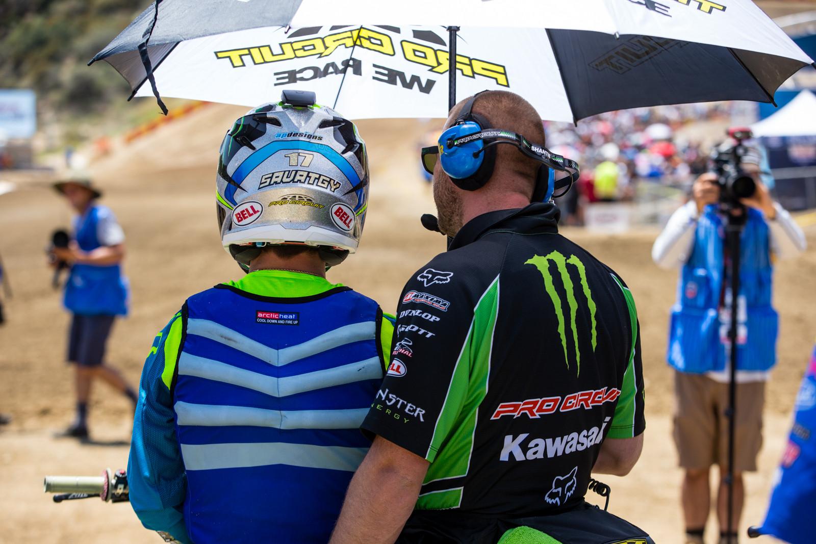 Joey Savatgy - Vital MX Pit Bits: Glen Helen - Motocross Pictures - Vital MX
