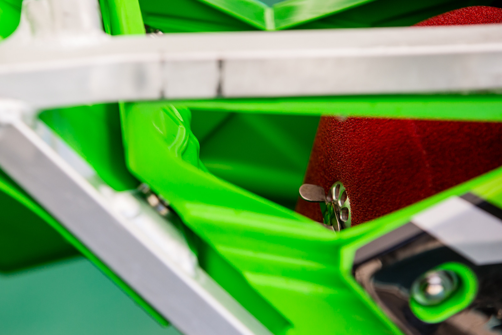 Monster Energy Kawasaki - Vital MX Pit Bits: Glen Helen - Motocross Pictures - Vital MX