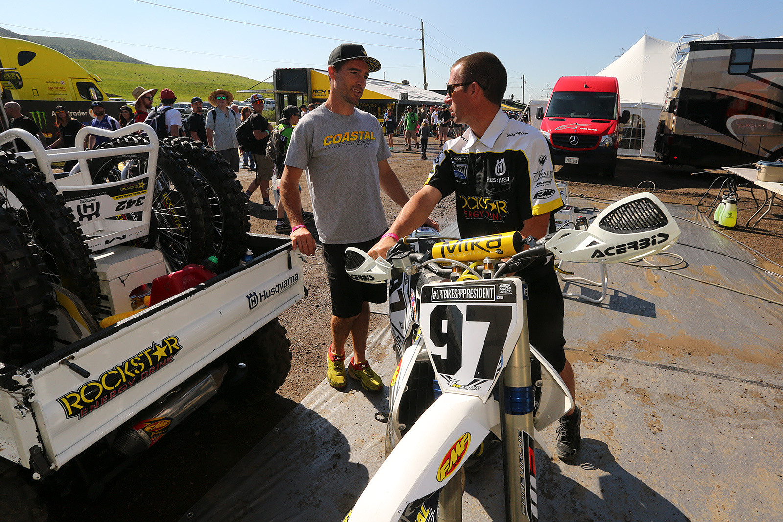 Ryan Sipes and Steve Westfall - Vital MX Pit Bits: Thunder Valley - Motocross Pictures - Vital MX