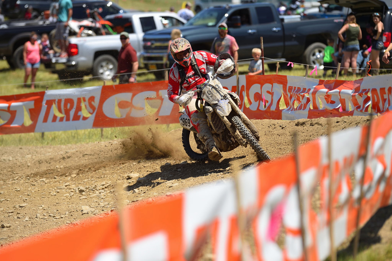 Tire trouble - Tomahawk GNCC - Motocross Pictures - Vital MX
