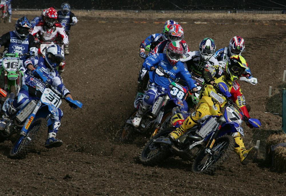 Untitled - 2006 MXoN Moto 1 - Motocross Pictures - Vital MX