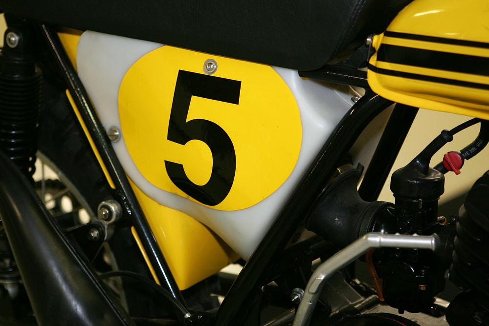 Vintage Suzuki 6 - Vintage Suzuki - Motocross Pictures - Vital MX