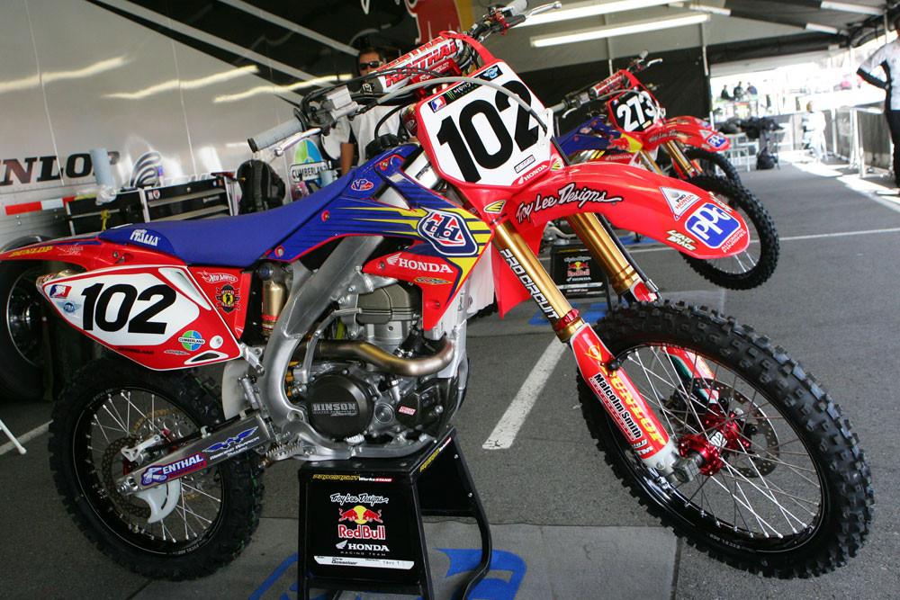 Chris Gosselaar - Vital MX Pit Bits: Seattle 2008 - Motocross Pictures - Vital MX