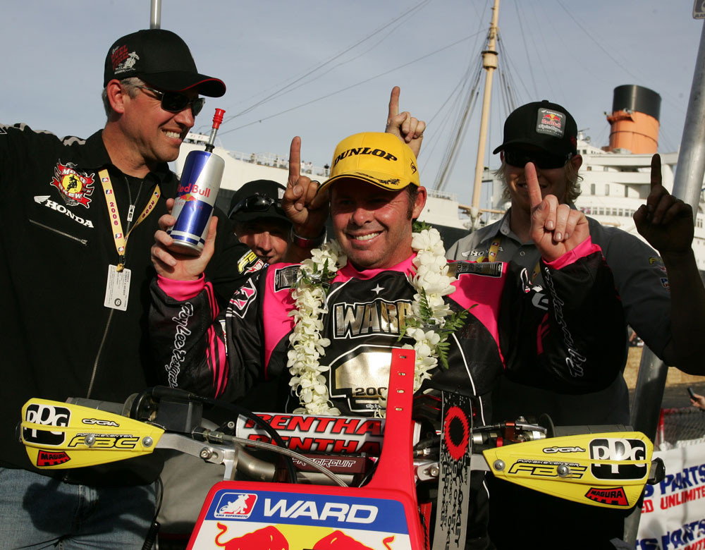 Jeff Ward and the TLD crew - 2006 Duel at the Docks AMA Supermoto Finals - Motocross Pictures - Vital MX