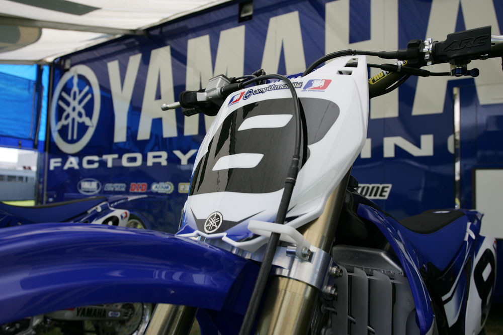 Grant Langston - 2007 Yamaha Team Intro - Motocross Pictures - Vital MX