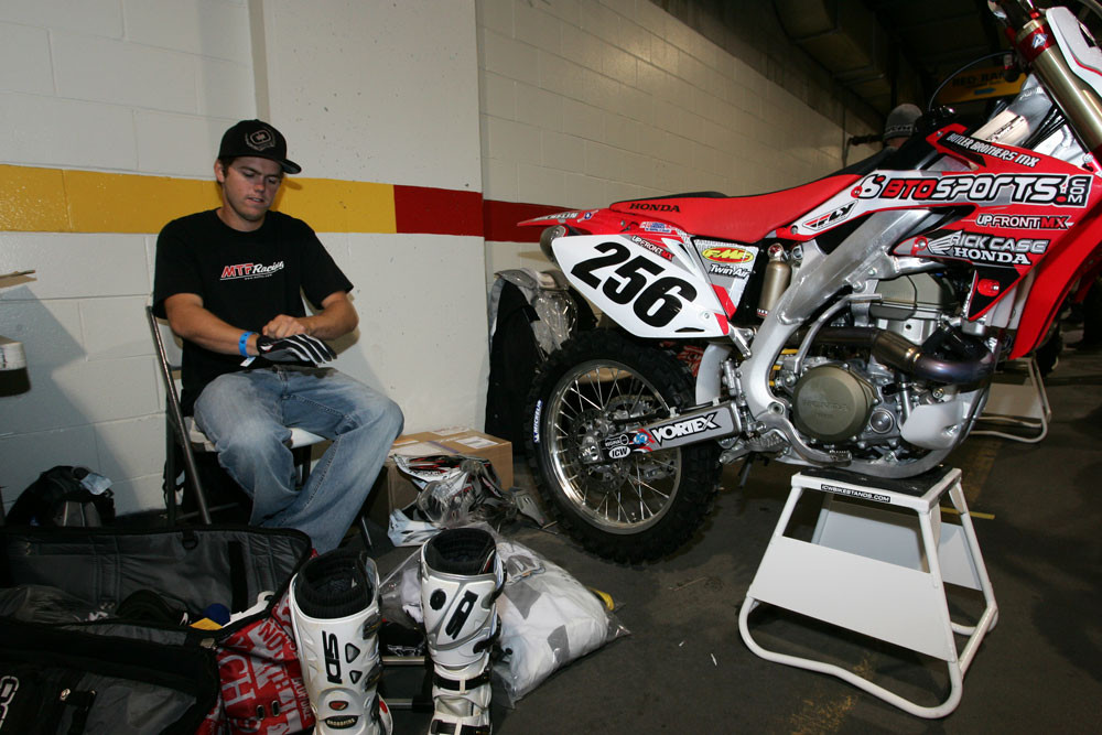 Bryan Johnson - 2006 Toronto Friday Pit Bits - Motocross Pictures - Vital MX