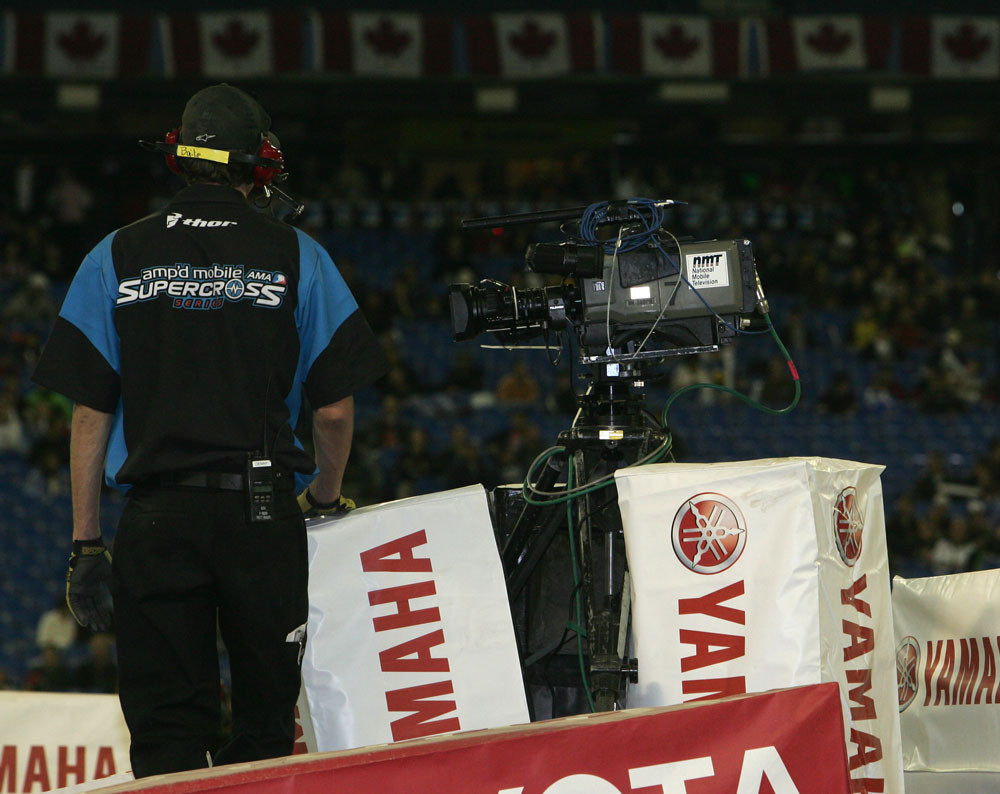 Unmanned cameras - 2006 Toronto Supercross - Motocross Pictures - Vital MX