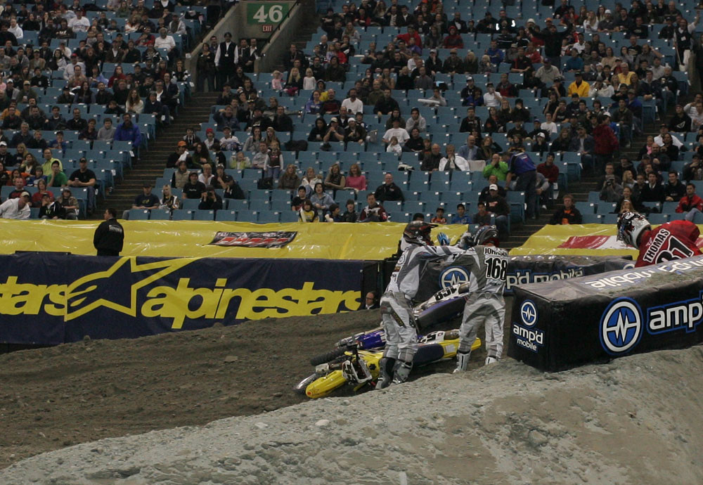 Tyler Evans and Keith Johnson - 2006 Vancouver Supercross - Motocross Pictures - Vital MX