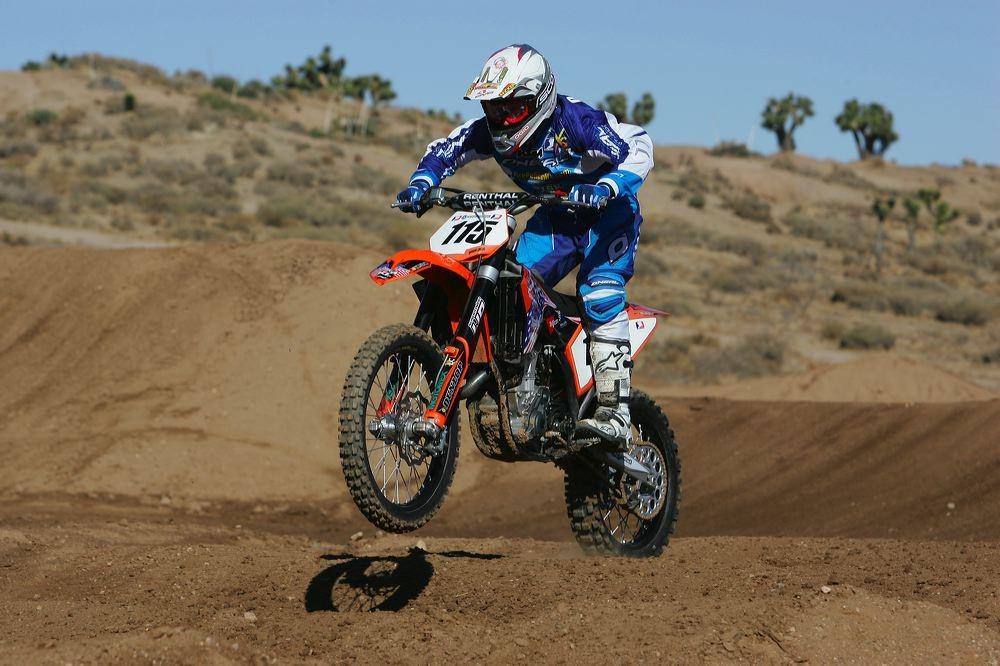 Joe Oehlhof - 2007 First Look: EVS TAKT 981 Helmet - Motocross Pictures - Vital MX
