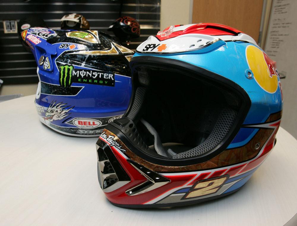 Jeremy McGrath's Bell Moto 8 - 2007 Bell Helmets Visit - Motocross Pictures - Vital MX