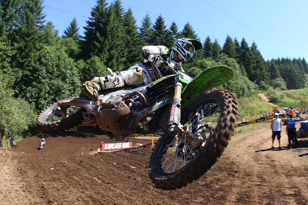 Dean Wilson - Vital MX Pit Bits: Washougal 2010 - Motocross Pictures - Vital MX