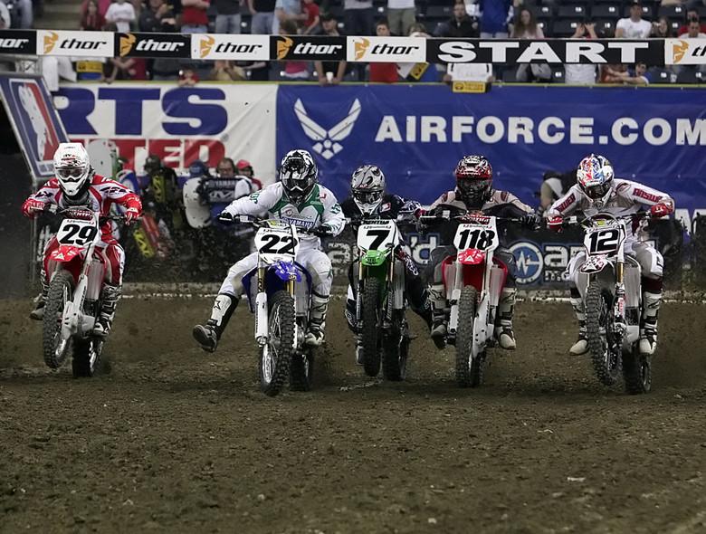 Indy Supercross main event start