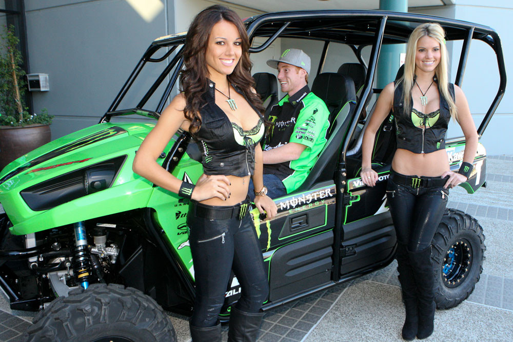 Teryx 2012 Monster Energy Kawasaki Teams Intro