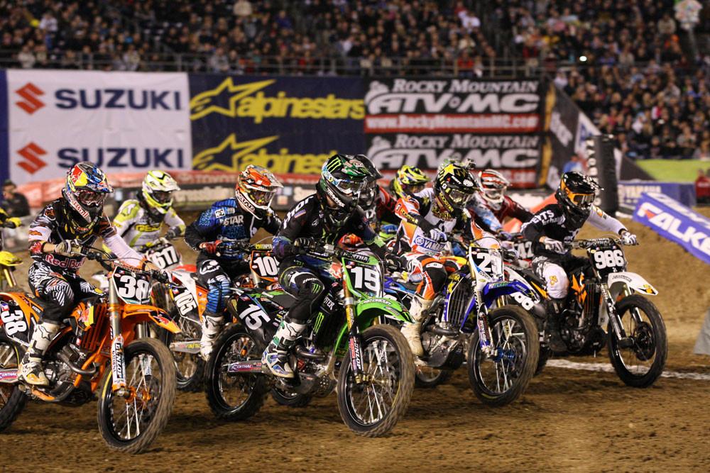 Supercross Lites heat one start/Dean Wilson - Photo Blast: San Diego 2012 - Motocross Pictures - Vital MX
