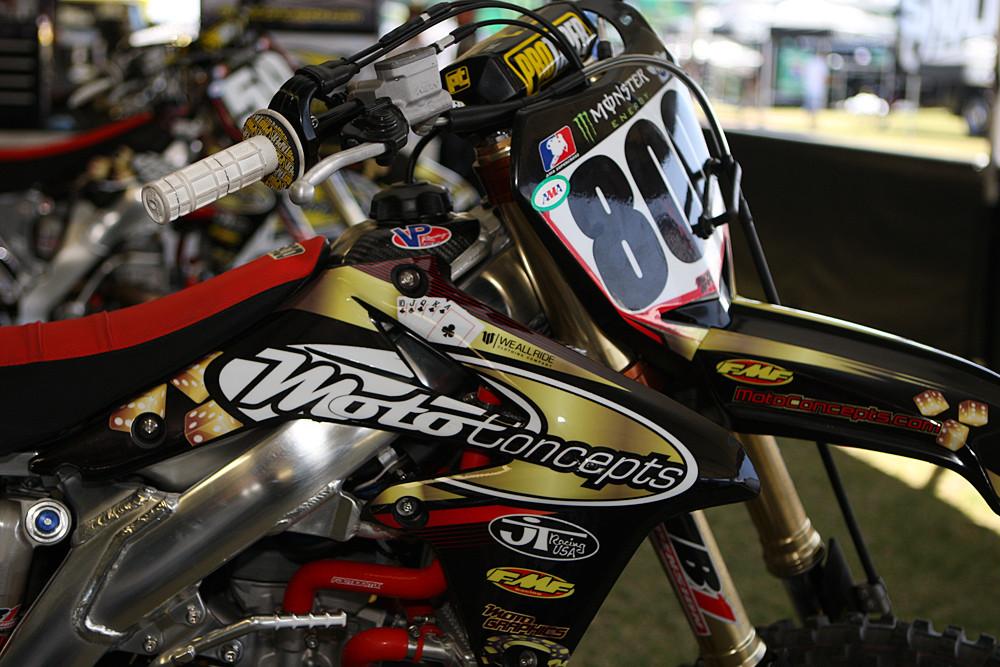 Mike Alessi - Vital MX Pit Bits: Las Vegas - Motocross Pictures - Vital MX