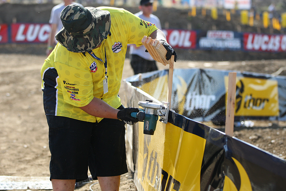 Touch-up - Vital MX Pit Bits: Hangtown - Motocross Pictures - Vital MX