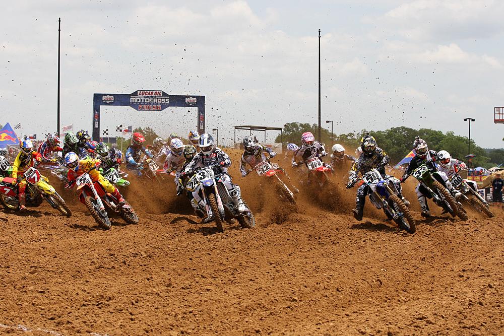 450 moto one start, Kyle Regal, Nico Izzi - Photo Blast: Freestone 2012 - Motocross Pictures - Vital MX