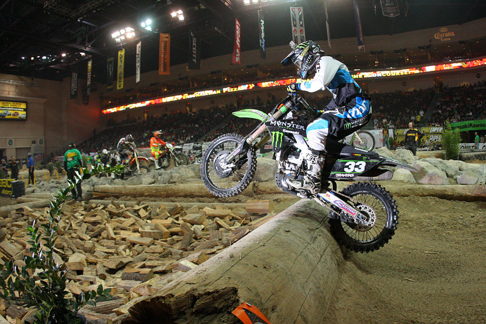 Taylor Robert - Photo Blast: Las Vegas Endurocross Finals - Motocross Pictures - Vital MX