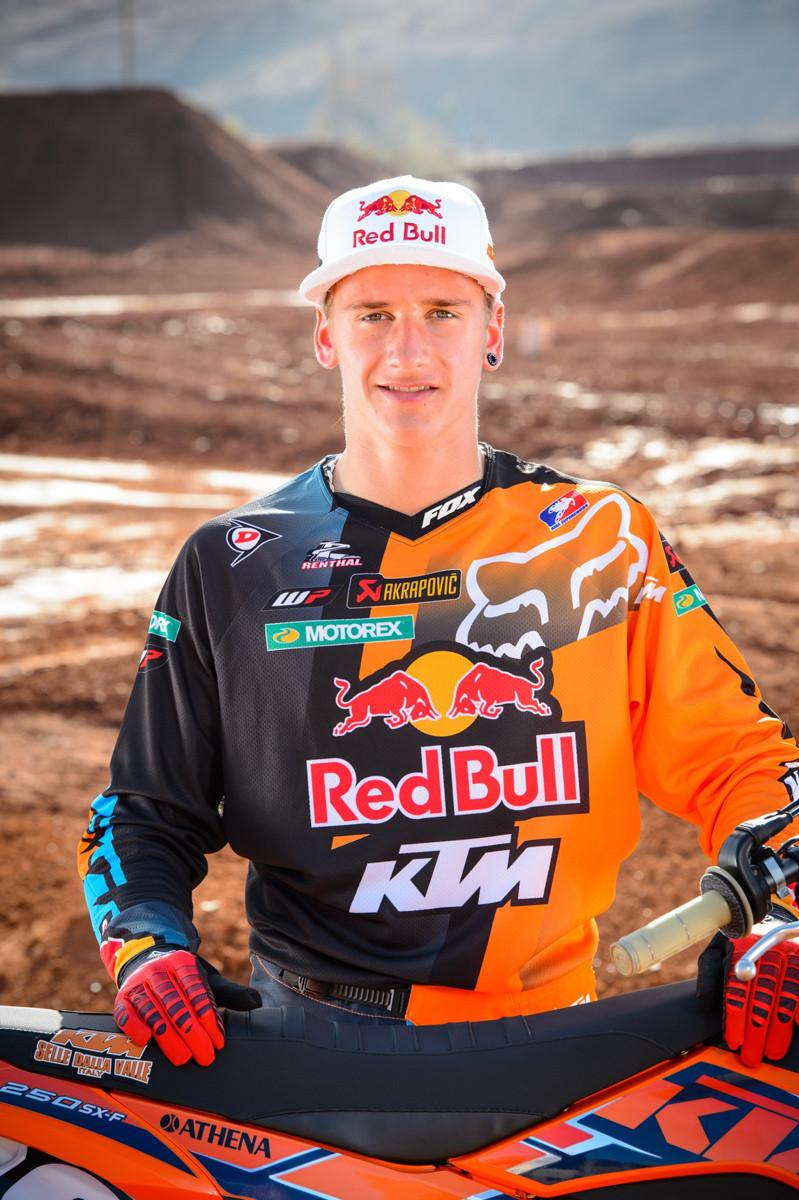 69962 Ken Roczen 94 - 2013 Red Bull/KTM Team Shoot ...