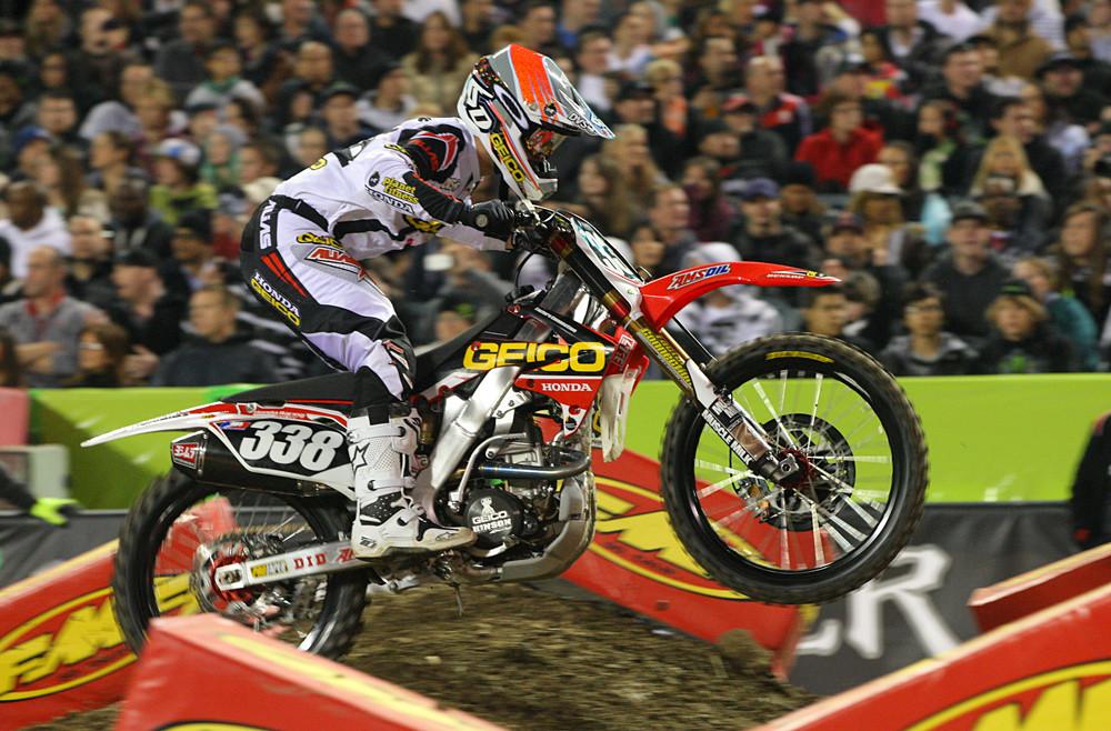 Zach Osborne - Photo Blast: Anaheim 1 - Motocross Pictures - Vital MX