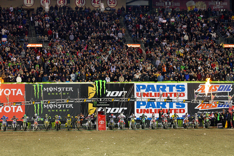 2013 Monster Energy Supercross title hunt started off great and will only get better.