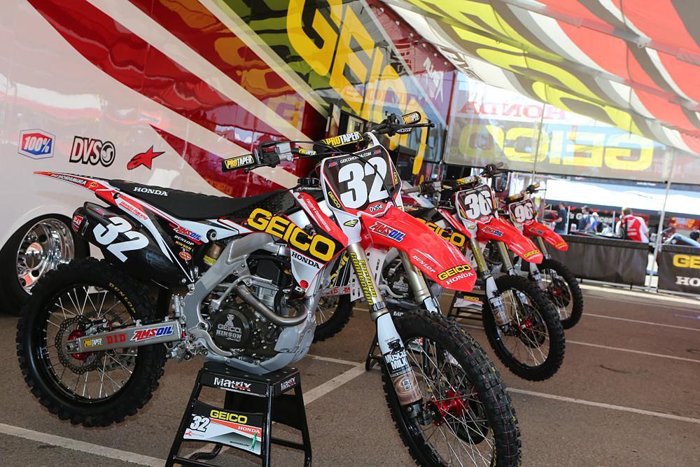 GEICO Honda - Vital MX Pit Bits: San Diego - Motocross Pictures - Vital MX