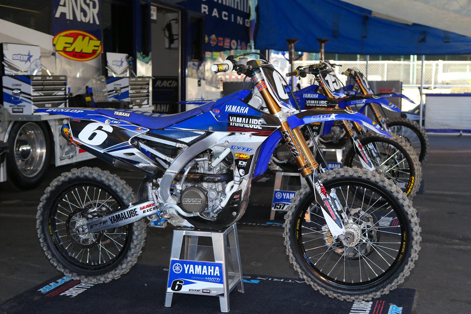 Jeremy martin first look 2015 bikes of supercross for Martins yamaha ocala