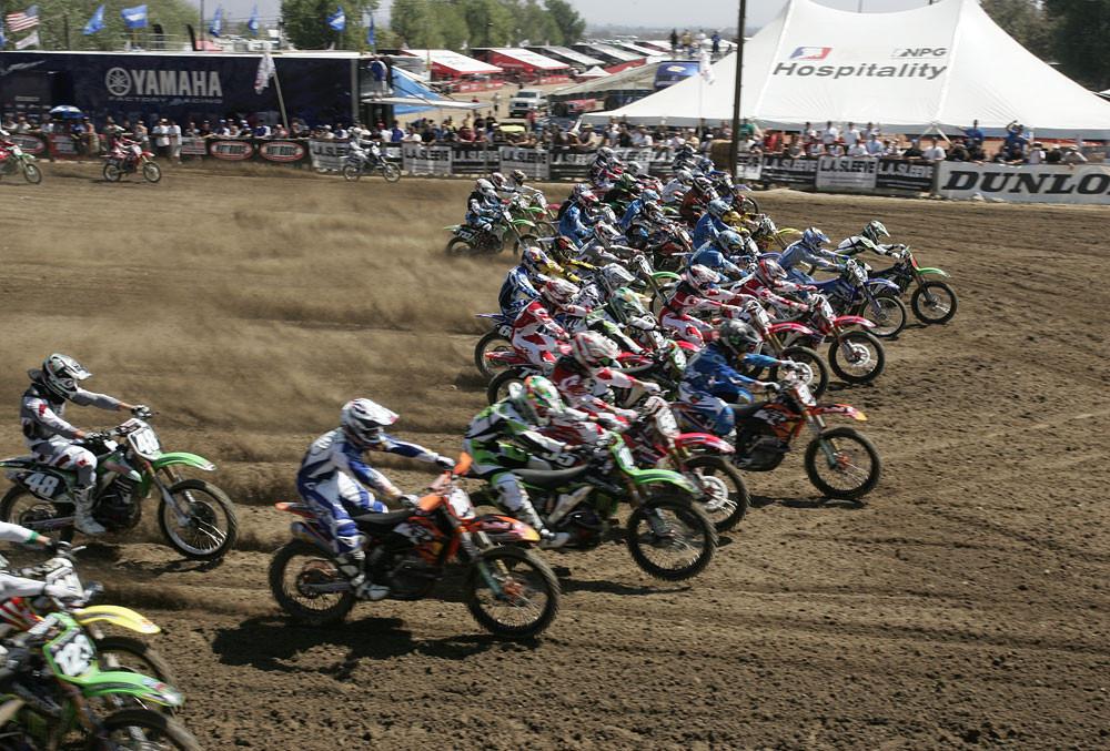 Lites moto 1 start - 2007 AMA National Motocross Series: Glen Helen - Motocross Pictures - Vital MX