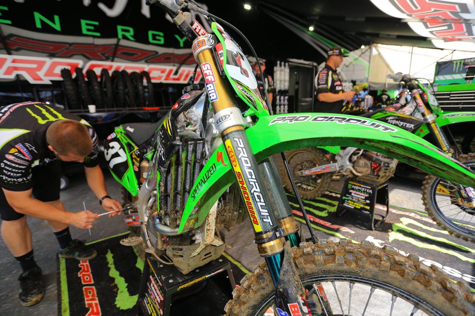 Fork guards - Vital MX Pit Bits: Muddy Creek - Motocross Pictures - Vital MX
