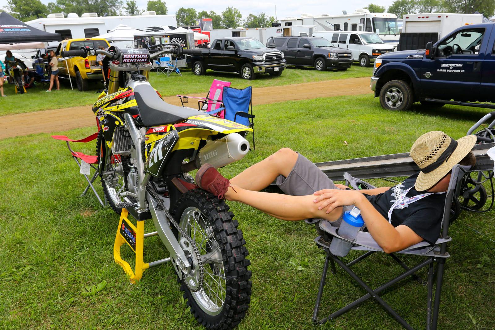 Siesta time - Vital MX Pit Bits: RedBud - Motocross Pictures - Vital MX