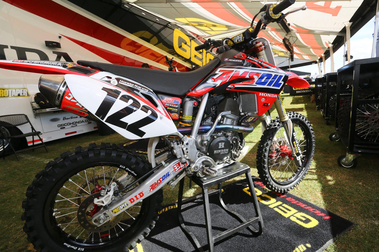 Amsoil Honda - Vital MX Pit Bits: Monster Energy Cup - Motocross Pictures - Vital MX