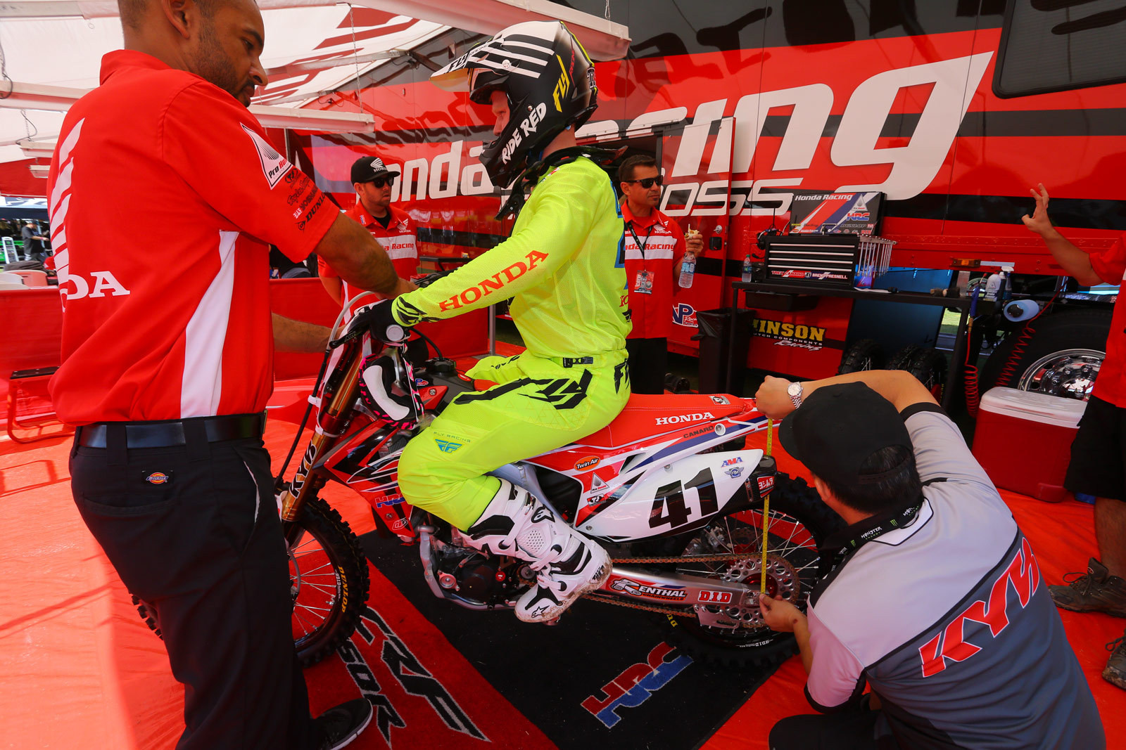 Trey Canard - Vital MX Pit Bits: Monster Energy Cup - Motocross Pictures - Vital MX