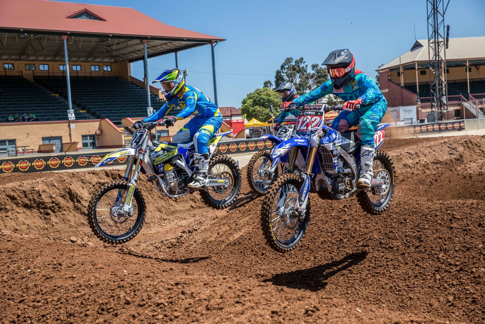 Dan Reardon and Brett Metcalfe - Photo Blast: Australian Supercross Championship from Adelaide - Motocross Pictures - Vital MX