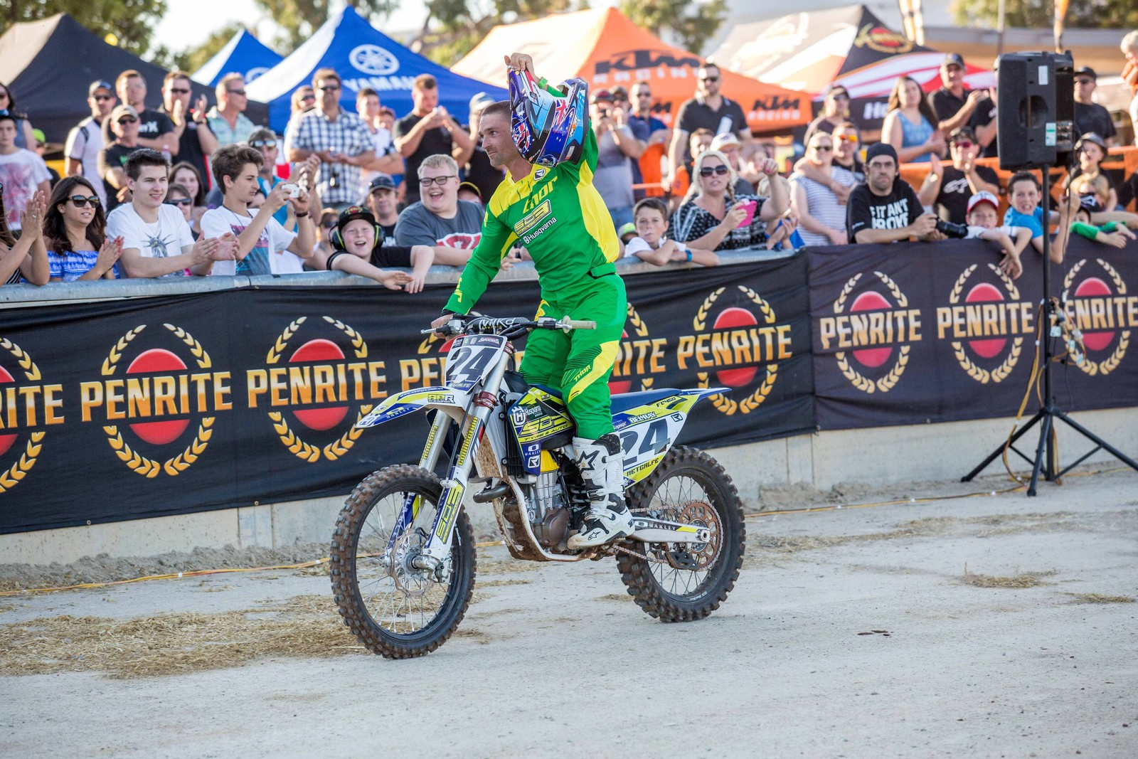 Brett Metcalfe - Photo Blast: Australian Supercross Championship from Adelaide - Motocross Pictures - Vital MX
